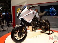 EICMA 2019: Honda hé lộ xe Sport Touring mới qua mẫu CB4X Concept