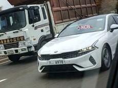 """Kia Optima 2020 """"trần trụi"""" chạy trên đường phố, ngày ra mắt không còn xa"""