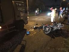 Ngã xe máy, một giám đốc tử vong do bị ô tô tải chèn qua tại Bình Dương