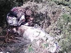 Lai Châu: Xe bồn rơi xuống vực sâu, tài xế may mắn thoát chết