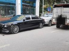 Hà Nội: Quệt vỡ đèn Mercedes-Maybach, người lái xe tải có thể phải đền hơn 200 triệu