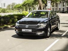 Volkswagen Passat nhận ưu đãi tới 140 triệu đồng trong tháng 12