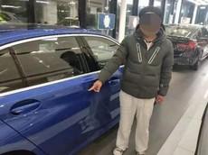 Phẫn nộ trước thanh niên 22 tuổi cố tình cào xước xe BMW tại đại lý để ép bố phải mua cho mình