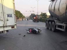 Hà Nội: Honda LEAD va chạm với xe tải, người mẹ cầm lái tử vong tại chỗ