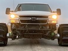 Đây là lý do tại sao không ai sử dụng lốp xe mái chèo để chạy trên đường nhựa