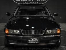 Chiếc BMW 7-Series chở Tupac Shakur khi rapper này bị ám sát được rao bán với giá hơn 40 tỷ đồng