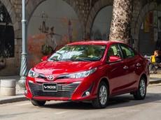 """10 mẫu ô tô bán chạy nhất Việt Nam tháng 12/2019: Toyota Vios ngoạn mục đăng """"đỉnh"""", Honda CR-V quay trở lại"""