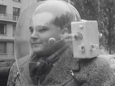 Đây là chiếc mũ bảo hiểm có tính năng sưởi ấm ra đời cách đây hơn 60 năm