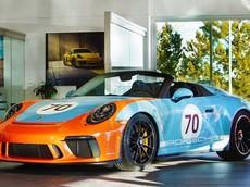 Hàng hiếm Porsche 911 Speedster khác lạ trong màu sơn Gulf Livery