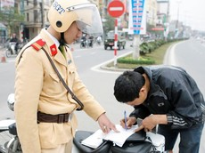 Từ 12/3, người dân có thể nộp phạt vi phạm giao thông qua mạng