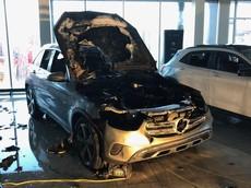 2 đại lý của 1 tỷ phú liên tiếp gặp sự cố: Hết bị ăn trộm Lamborghini Urus lại bị cháy Mercedes-Benz GLC