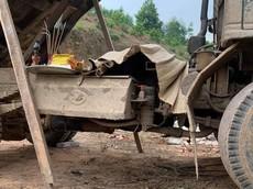 Bắc Giang: Đang sửa xe, tài xế bị thùng xe ben sập trúng người, tử vong