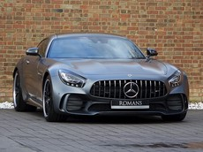 Siêu phẩm Mercedes-AMG GT R lặng lẽ về Việt Nam