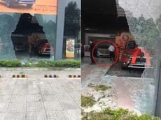 Thái Nguyên: Tài xế lùi ô tô vào đại lý Mitsubishi, suýt trúng chiếc Outlander chuẩn bị giao cho khách