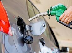 Cách nhận biết xe chạy xăng hay dầu chính xác cho các tài mới
