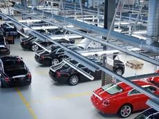 Lo sợ Covid-19, hãng xe siêu sang Rolls-Royce tạm ngừng sản xuất