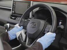 Toyota liệt kê 40 chi tiết cần được lau sạch trên ô tô để phòng chống dịch Covid-19