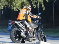 KTM 1290 Super Duke GT 2021 bất ngờ lộ ảnh thử nghiệm, mang đầy nét đặc trưng của KTM Super Duke R 2020