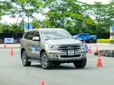 Chạy đua ưu đãi cùng Toyota Fortuner, Ford Everest được đại lý giảm giá tới 90 triệu đồng