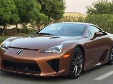 Mệnh Kim mua xe màu gì để tốt cho phong thủy? Mệnh Kim có nên mua xe màu nâu đất không?