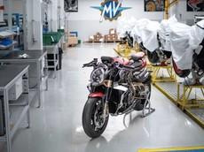 Ducati, Piaggio và nhiều thương hiệu xe châu Âu khác khôi phục hoạt động sản xuất giữa mùa dịch Covid-19