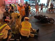 """Nam Định: Thanh niên chạy xe máy """"thông chốt"""", tông CSGT bất tỉnh tại chỗ"""