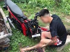 Nam Định: Thanh niên chạy xe máy tông trúng học sinh lớp 2 đi xe đạp, một người nguy kịch