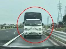 Video: Xe tải chạy ngược chiều trên cao tốc Bắc Giang - Lạng Sơn bị CSGT chặn xe, tài xế bị phạt 17 triệu đồng