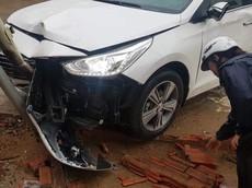 Video: Hyundai Accent xảy ra tai nạn sau khi vượt xe container, cư dân mạng tranh cãi dữ dội