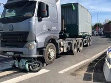 Đà Nẵng: Xe container va chạm với Honda SH Mode, 2 mẹ con thương vong