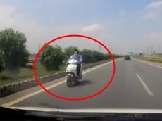 Video: Thanh niên chạy xe máy ngược chiều trên cao tốc Bắc Giang - Lạng Sơn ở làn tốc độ cao nhất
