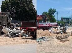Video quay khoảnh khắc ô tô tải chở đất đè bẹp xe con Toyota Vios tại Thanh Hóa khiến 3 người tử vong
