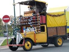 Le Mecanophone - Chiếc xe tải kiêm nhạc cụ quái lạ nhất trên đời