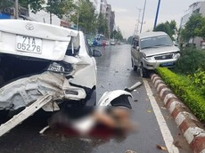 Tiền Giang: Nhân viên rửa xe lùi ô tô của khách, tông tử vong thiếu niên làm cùng