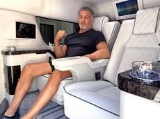 Sao phim hành động Sylvester Stallone rao bán SUV Cadillac Escalade ESV cực sang trọng với giá 350.000 USD