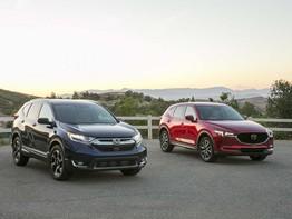 So sánh Mazda CX-5 2017 và Honda CR-V 2017: Cuộc chiến ngôi vương của phân khúc crossover