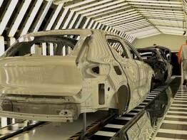 Cận cảnh quy trình lắp ráp Volvo XC40 2018