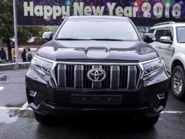 Khám phá Toyota Land Cruiser Prado 2017 vừa ra mắt tại Việt Nam