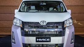 """Đánh giá nhanh """"cá mập"""" Toyota Hiace 2019: """"Toyota Alphard của người nghèo"""""""