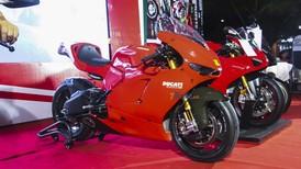 Đánh giá nhanh siêu mô tô hàng hiếm Ducati Desmosedici RR độc nhất tại Việt Nam
