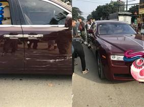 Cư dân mạng xôn xao với vụ tai nạn của chiếc Rolls-Royce Ghost đỏ mận tại Hà Nội