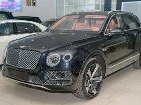 Bentley Bentayga First Edition 'hàng hiếm' đang được rao bán tại Hà Nội