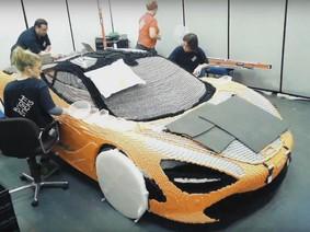 Cận cảnh việc lắp ghép siêu xe McLaren 720S bằng Lego