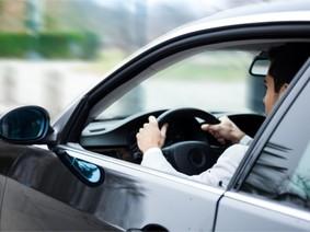 Người dùng có thể mua xe hơi bằng ứng dụng trên điện thoại