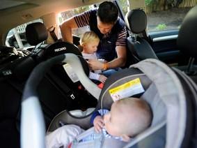 Công nghệ vẫn không thể cứu con trẻ khi bị bỏ quên trong xe hơi
