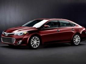 Toyota Avalon 2017 chốt giá 2,5 tỷ tại Việt Nam