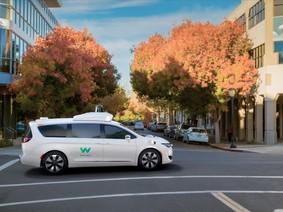 Xe tự lái của Google thử nghiệm ở một thành phố riêng