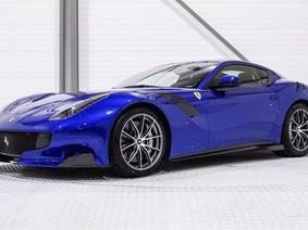 Ngắm diện mạo mới của Ferrari F12tdf với màu Blu Elettrico đẹp mắt