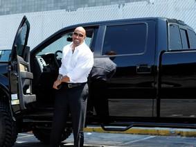 """Bộ sưu tập siêu xe của """"The Rock"""" Dwayne Johnson"""