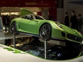 Cuộc chiến xe điện sẽ vắng bóng Ferrari và Lamborghini